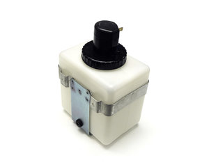 Washer fluid reservoir with pump and bracket PV/Amazon/P1800/140/160